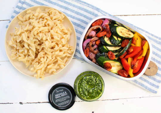 Fresh Pasta with Grilled Veg & Pesto bundle