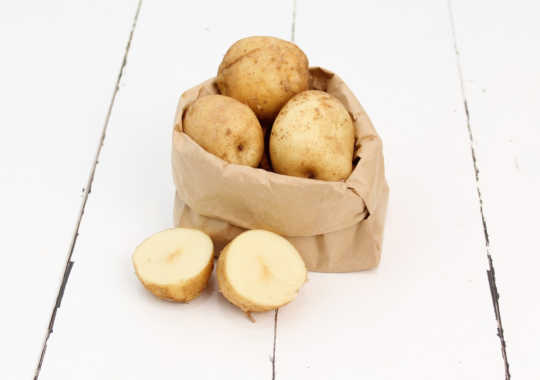 Potatoes (New White, 1.5 lbs)